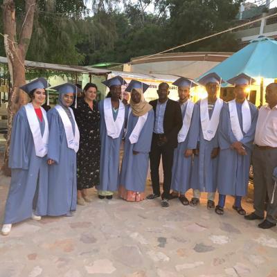Diplômés, la Directrice et les CPE